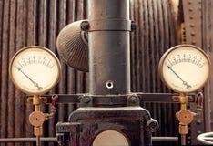 Medida industrial retra de la presión fotos de archivo libres de regalías