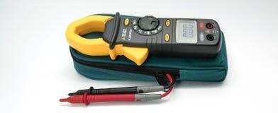 Medidor da braçadeira de Digitas com pontas de prova foto de stock