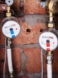 Medidores de água mecânicos novos dos pares Foto de Stock Royalty Free