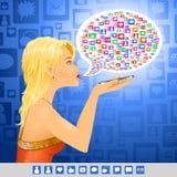 Medien-Mädchensozialzeichenmitteilung Lizenzfreie Stockfotos