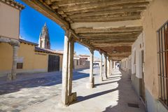 Free Medieval Arcaded Street And Church Tower In Ampudia Old Town Royalty Free Stock Photography - 134452377