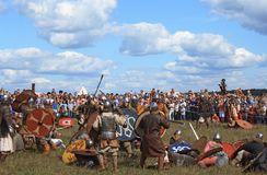 Medieval battle reconstruction Voinovo Pole (Warriors' Field) near Drakino, Russia. DRAKINO, RUSSIA - AUGUST 23: Medieval battle reconstruction Voinovo Pole ( royalty free stock image