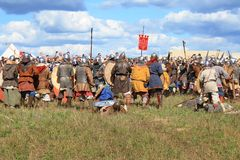 Medieval battle show Voinovo Pole (Warriors' Field). DRAKINO, RUSSIA - AUGUST 23: Free Medieval battle show Voinovo Pole (Warriors' Field) on August 23, 2014 royalty free stock photography