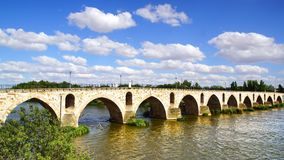 Medieval bridge over river Duero. Royalty Free Stock Photos