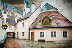 Medieval street in the old city of Riga in winter, Latvia Royalty Free Stock Photos