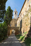 Medieval tower and gate in Tuscany, Italy Stock Photos