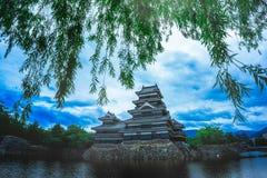 Medievale del castello di Matsumoto bello dell'età nel Honshu orientale, Nagano, Giappone del samurai fotografie stock libere da diritti