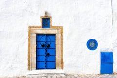 Вход дома в сказанном Medina Sidi Bou, Тунисе стоковые фотографии rf