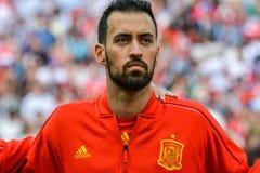 Mediocampista nacional Sergio Busquets del equipo de fútbol del FC Barcelona y de España fotografía de archivo
