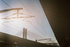 Mediodía del norte de la estación de tren en Bucarest fotos de archivo