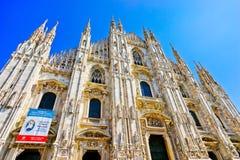 Mediolańska katedra w słonecznym dniu Obrazy Royalty Free