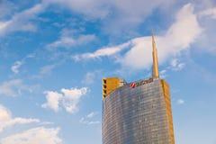 Mediolan, piazza Gael Aulenti, Włochy Unicredit góruje wysoki drapacz chmur w Włochy Znacząco pieniężny okręg Zdjęcia Royalty Free