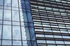 Mediolan, Włochy 04 Marzec 2018: Szczegóły budynki które uzupełniali nową i nowożytną linię horyzontu miasto Mediolan _ Fotografia Royalty Free