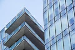 Mediolan, Włochy 04 Marzec 2018: Szczegóły budynki które uzupełniali nową i nowożytną linię horyzontu miasto Mediolan _ Zdjęcia Royalty Free