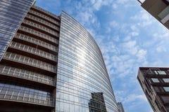 Mediolan, Włochy 04 Marzec 2018: Szczegóły budynki które uzupełniali nową i nowożytną linię horyzontu miasto Mediolan _ Zdjęcia Stock