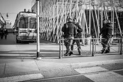 Mediolan Włochy, Marzec, - 23, 2016: Włoszczyzny policja - Carabinieri dalej Obraz Stock