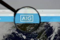 Mediolan Włochy, Sierpień, - 10, 2017: AIG strony internetowej homepage Ja jest A Fotografia Stock
