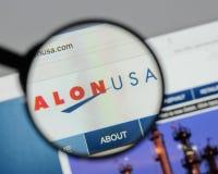 Mediolan Włochy, Sierpień, - 10, 2017: Alon usa strony internetowej Energetyczny homepage Zdjęcia Stock