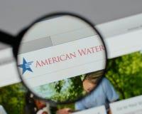 Mediolan Włochy, Sierpień, - 10, 2017: American Water strony internetowej homepage Obraz Royalty Free