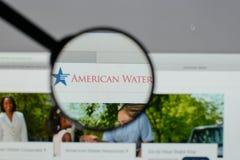 Mediolan Włochy, Sierpień, - 10, 2017: American Water strony internetowej homepage Zdjęcie Royalty Free