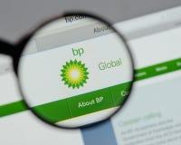 Mediolan Włochy, Sierpień, - 10, 2017: BP logo na strony internetowej homepage Fotografia Royalty Free