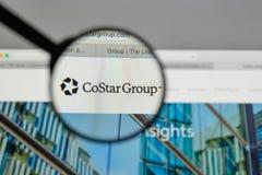 Mediolan Włochy, Sierpień, - 10, 2017: CoStar Grupowy logo na stronie internetowej obrazy stock