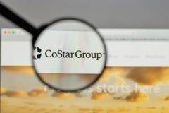 Mediolan Włochy, Sierpień, - 10, 2017: CoStar Grupowy logo na stronie internetowej obraz stock