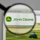 Mediolan Włochy, Sierpień, - 10, 2017: Deere logo na strony internetowej homep zdjęcia royalty free