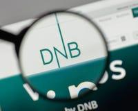 Mediolan Włochy, Sierpień, - 10, 2017: DNB ASA logo na strona internetowa domu obraz stock