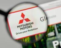 Mediolan Włochy, Listopad, - 1, 2017: Mitsubishi logo na stronie internetowej Fotografia Royalty Free