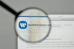 Mediolan Włochy, Listopad, - 1, 2017: Warner Music grupy logo na Zdjęcie Royalty Free