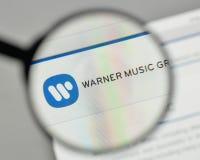 Mediolan Włochy, Listopad, - 1, 2017: Warner Music grupy logo na Obraz Royalty Free