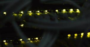 Medios convertidores de la red e interruptores completamente cargados de Ethernet almacen de metraje de vídeo