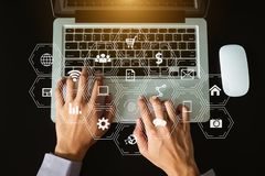 Medios de comercialización de Digitaces en icono virtual fotos de archivo