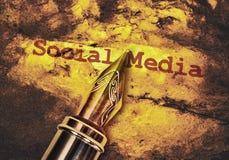 Medios del Social del texto imágenes de archivo libres de regalías