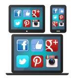 Medios iconos sociales en los artilugios libre illustration