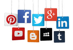 Medios logotipo social en etiquetas Foto de archivo