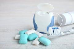 Medios para el cuidado dental foto de archivo libre de regalías