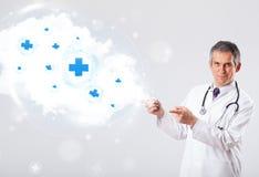Medique a escuta a nuvem abstrata com sinais médicos Fotografia de Stock