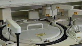 Medisch automatisch materiaal voor bloedonderzoek en DNA-analyse in biolaboratorium
