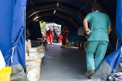 Medisch centrum, de Noodsituatiekamp van Rieti, Amatrice, Italië Stock Afbeeldingen