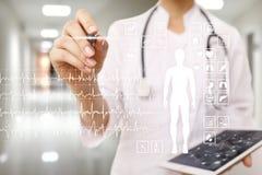 Medisch dossierdiagram op virtueel het schermconcept Gezondheid controletoepassing stock afbeelding