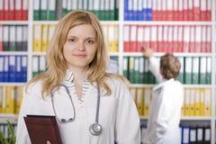 Medische arts met stethoscoop Stock Fotografie