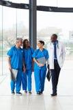 Medische artsen het lopen Stock Foto