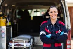 Medische hulp bij noodgevallen arbeider Stock Foto's