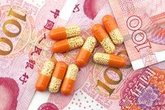 Medische kost, geneesmiddelen en renminbi royalty-vrije stock foto