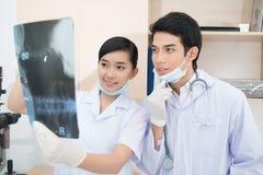 Medische studenten Stock Afbeeldingen
