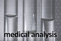 Medische test in buizen Medische analysefoto stock illustratie