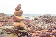 Meditação as pedras empilhadas do tipo Fotografia de Stock