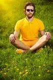 Meditação de Sun imagens de stock